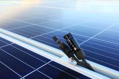 太阳PV连接器男性和女性被分开 免版税库存图片