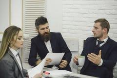 夫人律师或会计咨询的企业家 商务咨询概念 商务伙伴或商人在 免版税库存图片