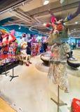 夫人沙炎中心的衣物商店,曼谷市,泰国 免版税库存图片