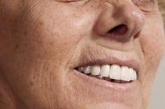 夫人高级微笑皱痕 免版税库存照片