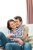 夫妇享受愉快的爱的  免版税库存图片