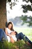 夫妇休息的年轻人 库存照片