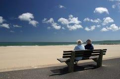 夫妇休闲退休的前辈 免版税库存照片