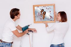 夫妇住所改善新的年轻人 免版税库存图片