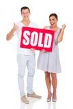 夫妇卖了标志 免版税图库摄影
