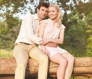 夫妇可爱的年轻人 库存照片