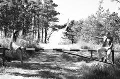 夫妇在乡下 图库摄影