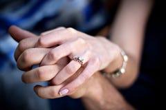 夫妇定婚戒指 免版税库存图片