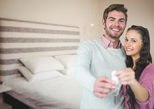 夫妇对负关键在卧室 图库摄影