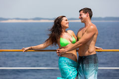 夫妇巡航假日 免版税库存照片