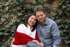 夫妇微笑 库存照片