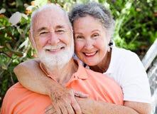 夫妇愉快的健康前辈 免版税库存图片