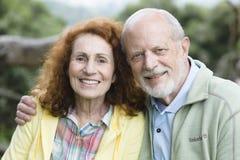夫妇愉快的前辈 免版税库存图片