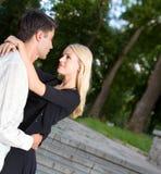 夫妇愉快的年轻人 图库摄影