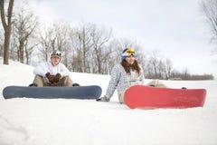 夫妇愉快的挡雪板 库存图片