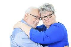 夫妇愉快的爱前辈 查出在白色 免版税库存图片