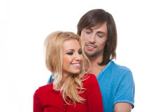 夫妇愉快的爱的微笑的年轻人 库存照片