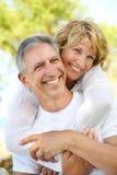 夫妇成熟微笑 库存图片