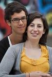 夫妇拥抱少年 免版税库存照片