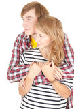 夫妇拥抱爱的年轻人 免版税库存照片