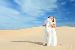 夫妇沙漠 库存图片