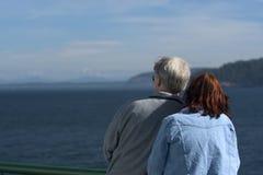 夫妇海洋注意 免版税库存图片