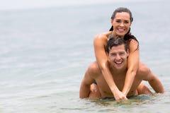 夫妇游泳海洋 库存图片