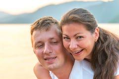 夫妇爱恋的纵向 免版税库存图片