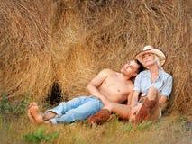 夫妇爱纵向 免版税库存图片