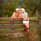 夫妇爱纵向 免版税图库摄影