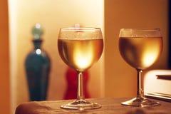 夫妇玻璃酒 免版税库存照片