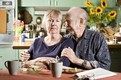 夫妇纵向前辈担心 免版税图库摄影