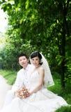 夫妇纵向婚礼 免版税图库摄影