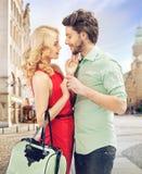 夫妇纵向浪漫年轻人 图库摄影