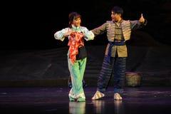 夫妇舞蹈江西歌剧杆秤 库存照片