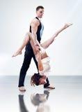 夫妇舞蹈演员 图库摄影
