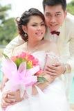夫妇诉讼婚礼 免版税库存照片