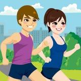 夫妇跑步的公园 向量例证