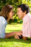 夫妇逗人喜爱的纵向 免版税库存照片