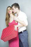 夫妇逗人喜爱的年轻人 免版税库存图片