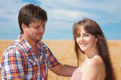 夫妇重点前面纵向妇女年轻人 库存照片