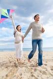夫妇飞行风筝 库存图片