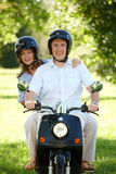 夫妇骑马 库存图片
