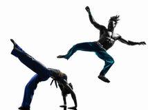 夫妇capoeira舞蹈家跳舞剪影 免版税库存图片