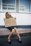 失业的妇女年轻人 免版税库存图片
