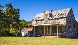失去的地方-路线的66老被放弃的木房子-斯特劳德-俄克拉何马- 2017年10月16日 库存照片