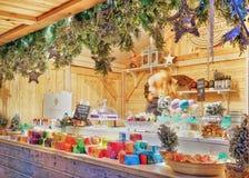 失去作用与肥皂在维尔纽斯圣诞节市场上 免版税库存图片