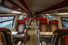 头等瑞士火车内部  免版税库存照片