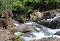 头顿,越南- 2013年6月10日-在头顿,越南的Suoi连队瀑布 免版税库存照片