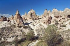 奇怪地被形成的岩层在幻想世界 库存照片